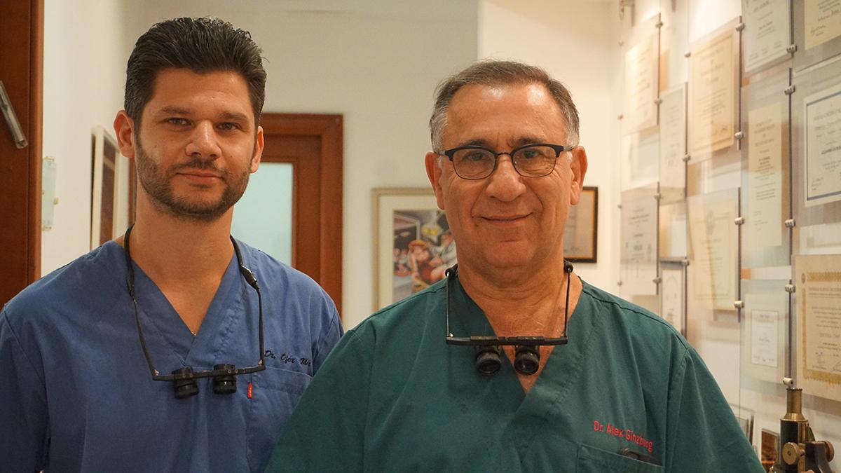 """ד""""ר אלכס גינזבורג וד""""ר עופר מור, רופאי עור מומחים בהשתלת שיער"""